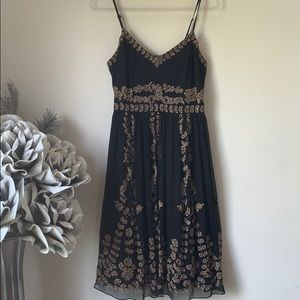Adrianna Papell Black w/Gold Beading Dress Sz 8